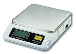 электронные весы на фото