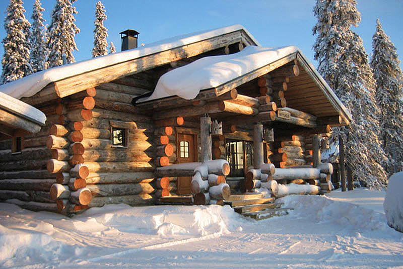 баня из зимнего леса